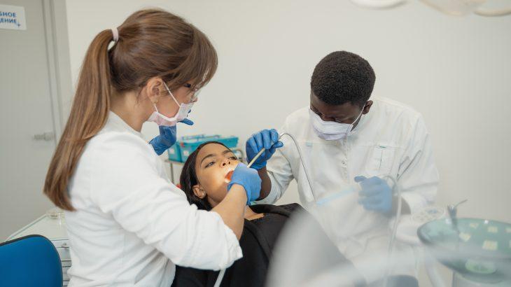 Facettes dentaires